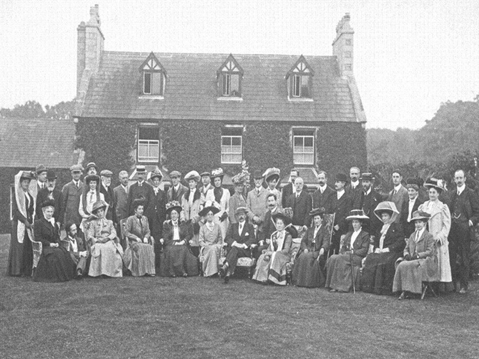 The Field Club 1909